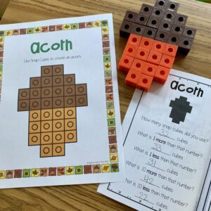 Fall Snap Cubes are a HIT with students! They love to build pictures and then complete the mini book.